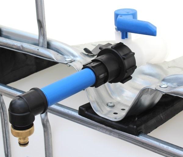 IBC Anschluss - S60x6 IG mit Rohr und 90° Bogen auf Gardena-Kupplung